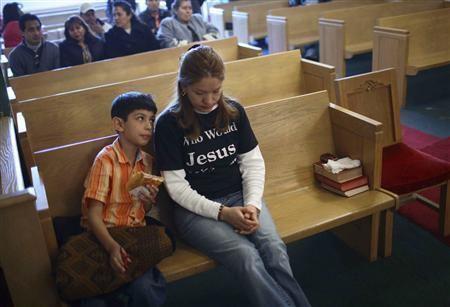 Elvira Arellano Illegal immigrant to depart Chicago sanctuary Reuters