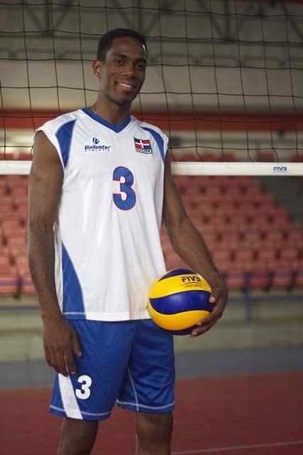Elvis Contreras El Voleibol la empresa de Peco Contreras