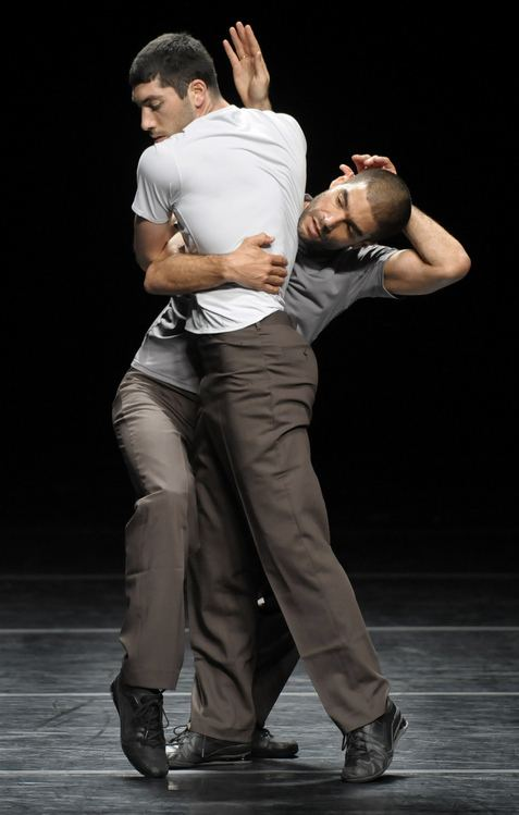 Emanuel Gat Foot in Mouth Winter mind from desert choreographer