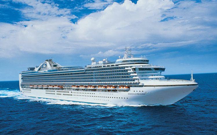 Emerald Princess Emerald Princess Cruise Ship 2017 and 2018 Emerald Princess