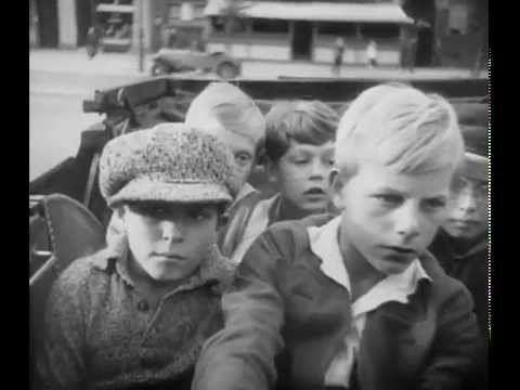 Emil and the Detectives (1931 film) MILE ET LES DTECTIVES de Gerhard Lamprecht 1931 Bandeannonce
