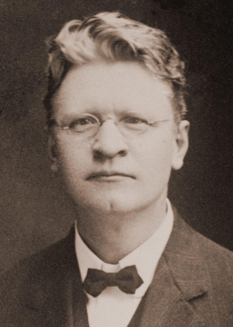 Emil Seidel httpsuploadwikimediaorgwikipediacommonsaa
