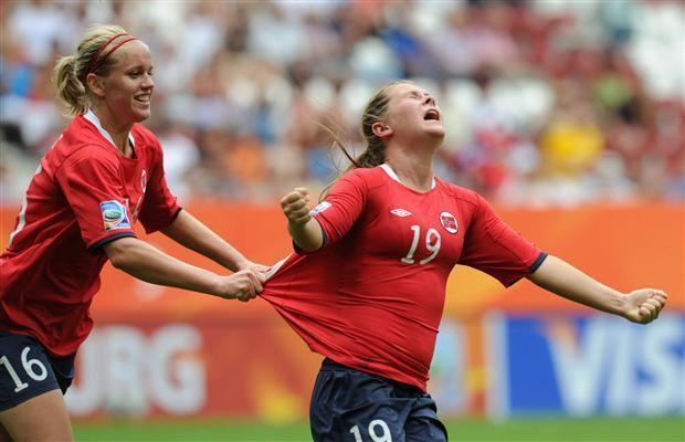 Emilie Haavi Norway survives tough test from Equatorial Guinea