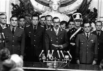 Emilio Eduardo Massera Argentine Coup Leader ExAdm Emilio Massera Dies