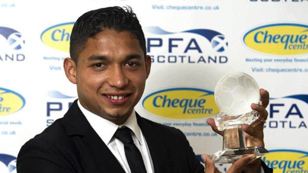 Emilio Izaguirre Emilio Izaguirre clinches PFA Scotland award Celtic Sport