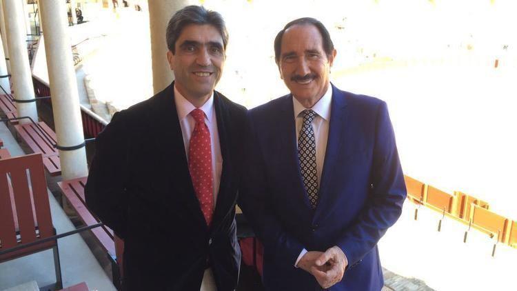 Emilio Muñoz EMILIO MUOZ VZQUEZ FIGURA DEL TOREO DEL BILLBOARD Y LA CRNICA
