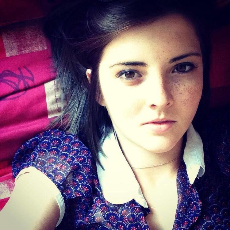 Emily Burns httpsrawrampfileswordpresscom201410emily