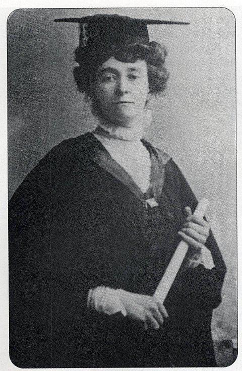 Emily Davison Suffragette did not commit suicide at 1913 Epsom Derby