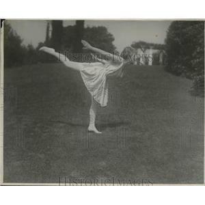 Emily Diana Watts 1924 Press Photo Emily Diana Watts Fujitsu Instructor Historic Images
