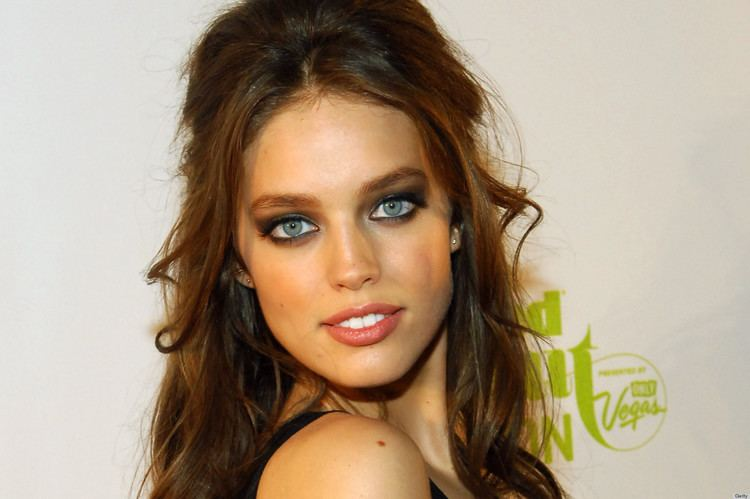 Emily DiDonato Model Emily DiDonato Dating Jake Gyllenhaal After Meeting