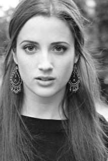 Emily Dunn (actress) iamediaimdbcomimagesMMV5BNjUxNzk4MDM4Nl5BMl5