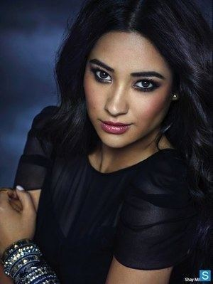 Emily Fields Emily Fields Actors Artists Writers Books and Movies