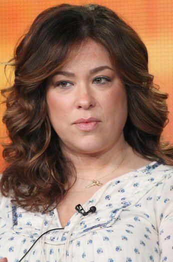 Emily Kapnek Suburgatory39 Creator Emily Kapnek Sued By Gotham Group