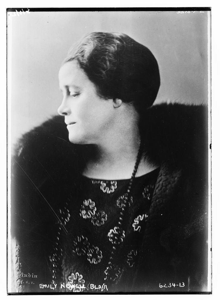 Emily Newell Blair httpsuploadwikimediaorgwikipediacommonsff