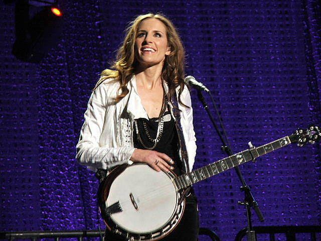 Emily Robison FileEmilyRobisonjpg Wikimedia Commons
