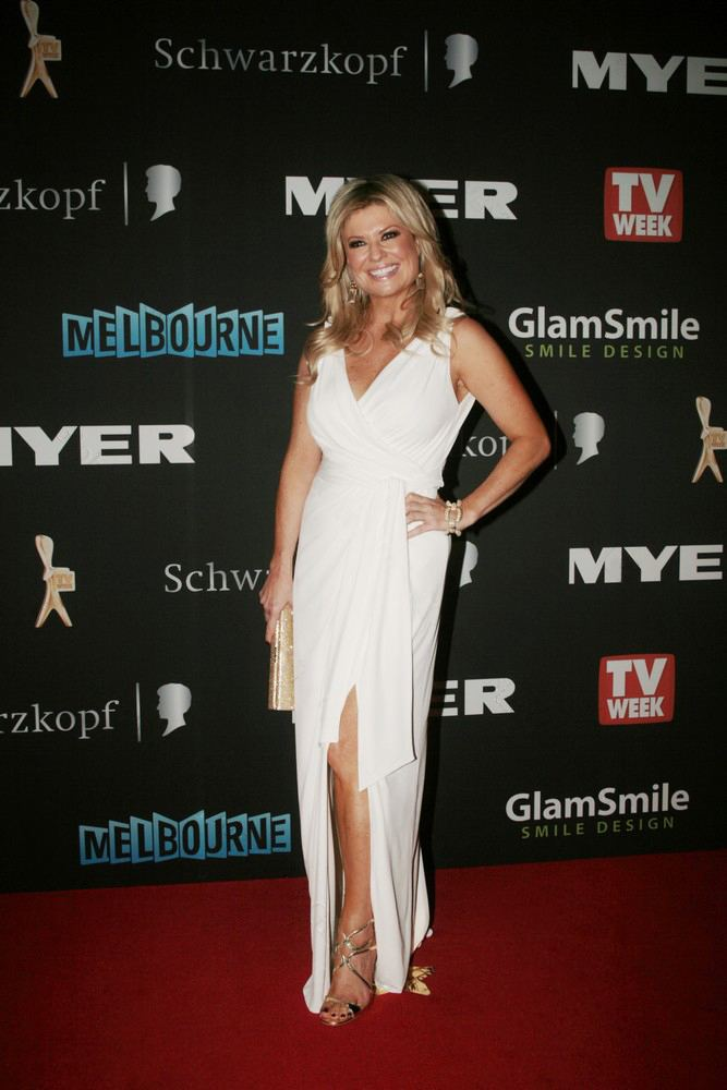 Emily Symons FileEmily Symonsjpg Wikimedia Commons
