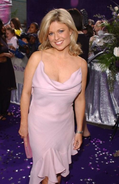 Emily Symons Emily Symons profile Famous people photo catalog
