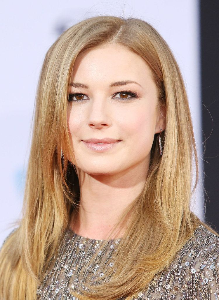 Emily VanCamp Emily Vancamp SXSW Isn39t the Only Place Stars Are