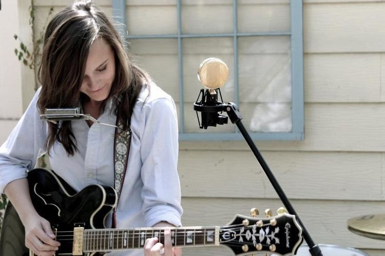 Emily Wolfe MUST SEE SXSW An Interview With Emily Wolfe Audiofemme