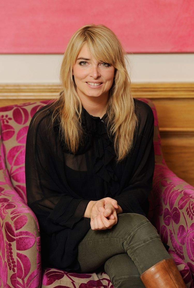 Emma Atkins Emma Atkins pregnant Jail time for Charity as Emmerdale