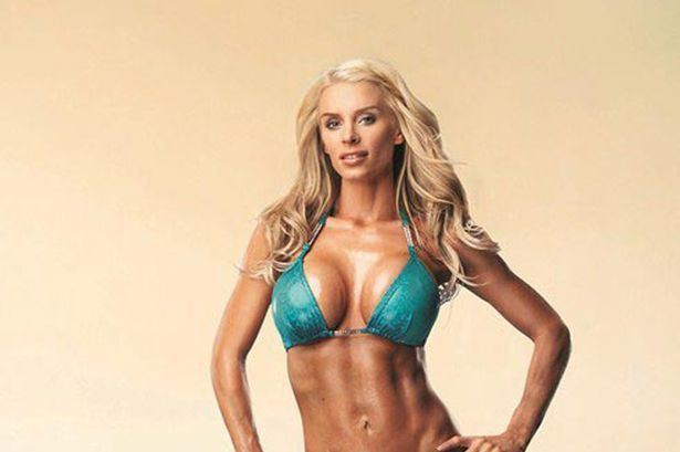 Emma B (model) Emma B reveals bodybuilding figure in half naked shoot and claims