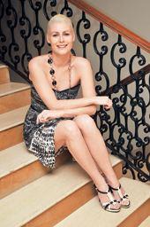Emma Brown Garett The Telegraph Calcutta Kolkata Entertainment Blonde