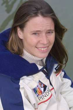 Emma Richards (sailor) wwwsolarnavigatornetimagesemmarichardspindar