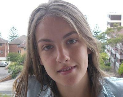 Emma Russack whothehellnetwpcontentuploads200911emmaruss