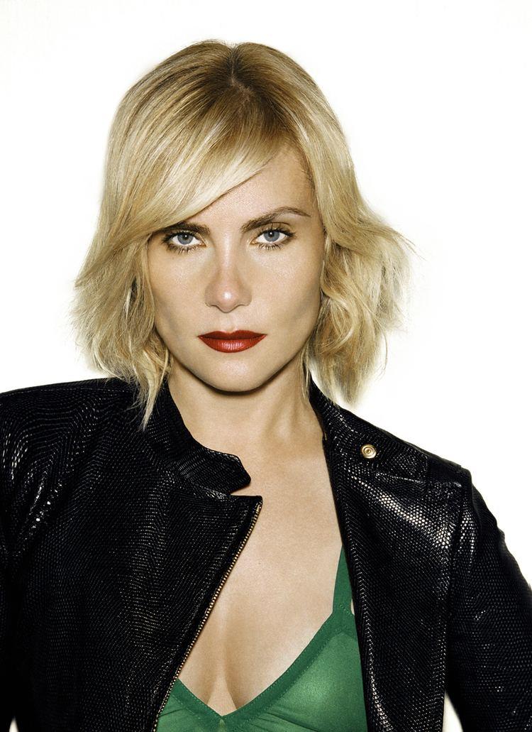 Emmanuelle Seigner Picture of Emmanuelle Seigner