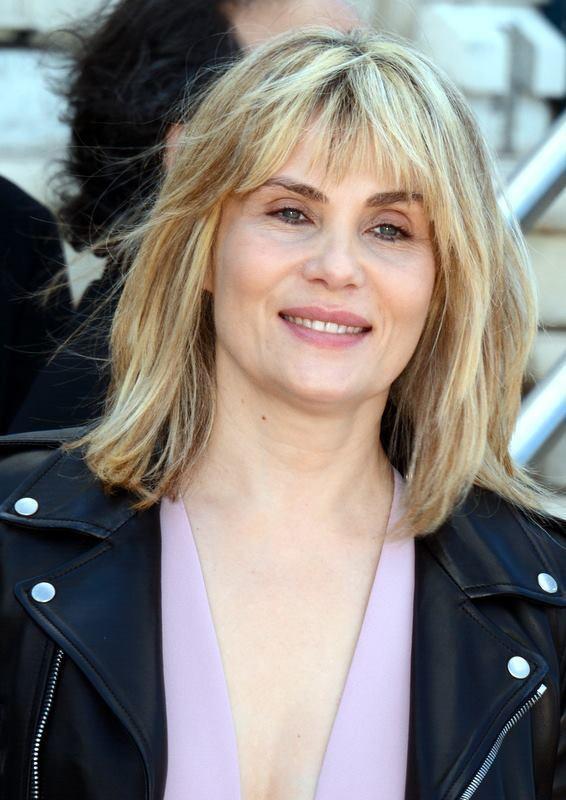 Emmanuelle Seigner httpsuploadwikimediaorgwikipediacommons99
