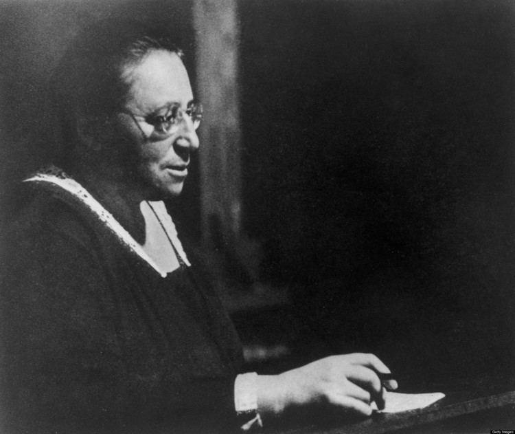 Emmy Noether Emmy Noether on Obscurity YEAR ONE