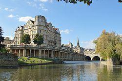 Empire Hotel, Bath httpsuploadwikimediaorgwikipediacommonsthu