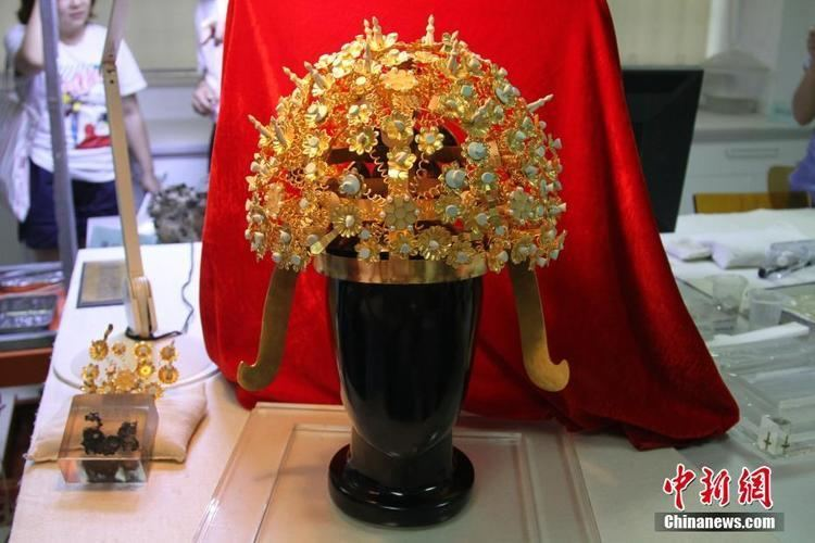 Empress Xiao (Sui dynasty) Crown of Empress Xiao of Sui Dynasty revealed in northwest China