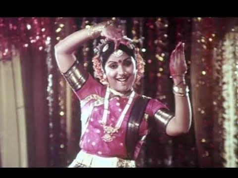 Enakkul Oruvan (1984 film) Ther Kondu Sendravan Kamal Hassan Enakkul Oruvan Tamil Song