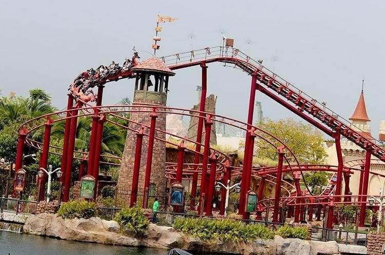 Enchanted Airways Universal Studios Singapore Enchanted Airways