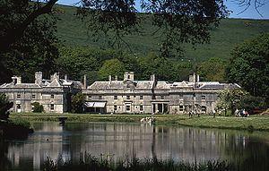 Encombe House httpsuploadwikimediaorgwikipediacommonsthu