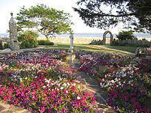 Enders Island httpsuploadwikimediaorgwikipediacommonsthu