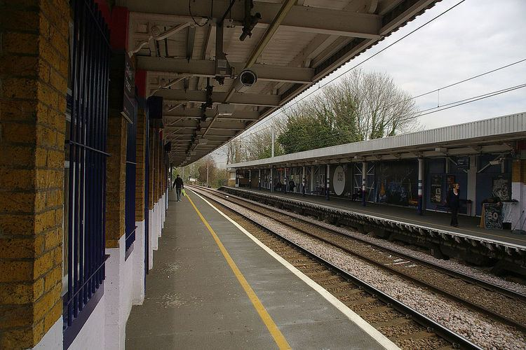 Enfield Chase railway station