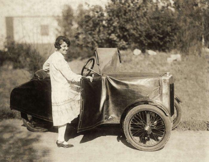 Engelbert Zaschka German Folding Car from 1929 part 1929 PIXIMUSnet