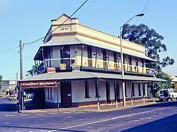 Engineers' Arms Hotel httpsuploadwikimediaorgwikipediacommonsthu