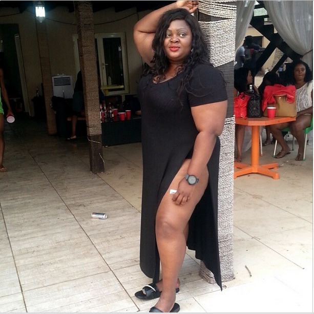 Eniola Badmus OOTD Eniola Badmus Shares a Picture from her Fun Day on the Beach