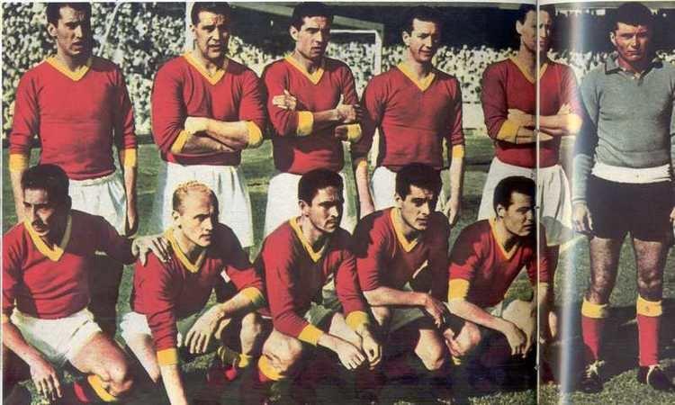 Ennio Cardoni AS Roma 19561957 Luciano Tessari Ennio Cardoni Giacomo Losi