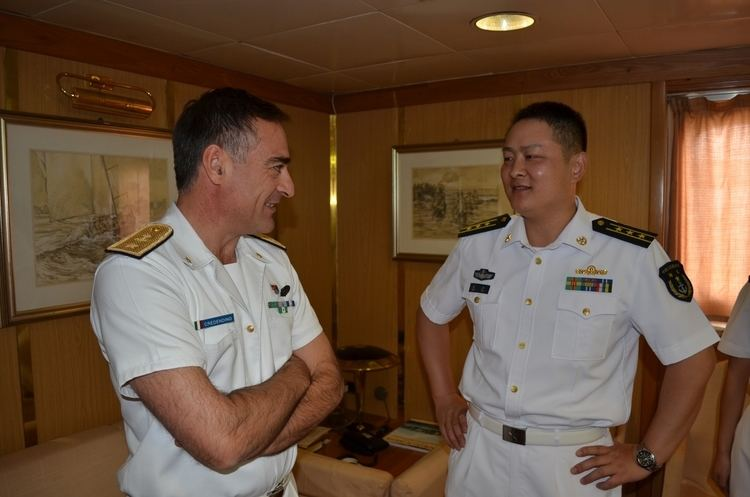 Enrico Credendino Force Commander Meets With Commanding Officer of Chinese Warship