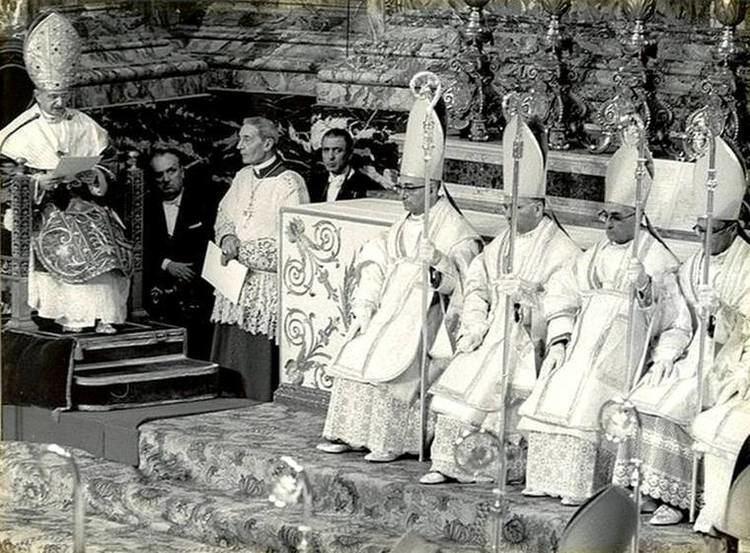 Enrico Dante SACRIS SOLEMNIIS Liturgie Papali la Consacrazione