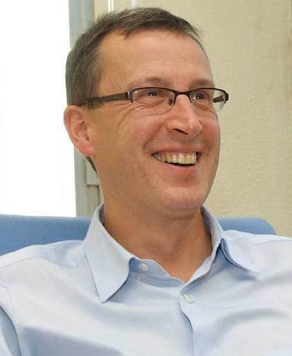 Enrique Zuazua El matemtico Enrique Zuazua miembro de la Academia Europea Jakiunde