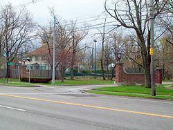 Entranceway at Main Street at LeBrun Road httpsuploadwikimediaorgwikipediacommonsthu