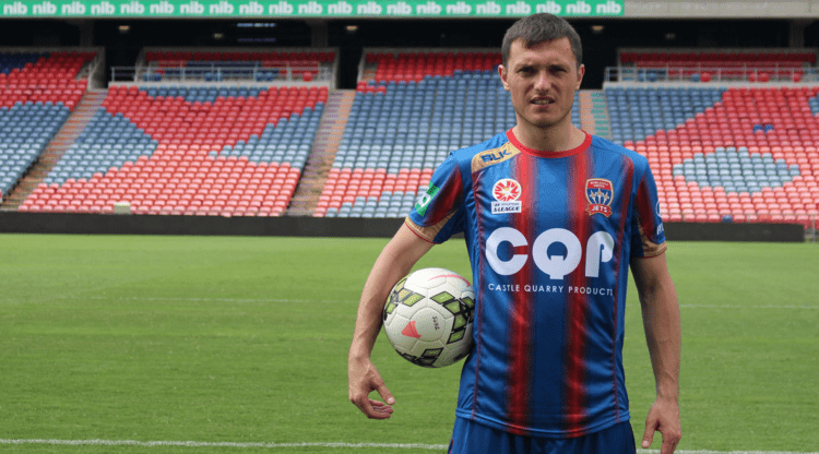 Enver Alivodic Newcastle Jets sign Serbian midfielder Enver Alivodic