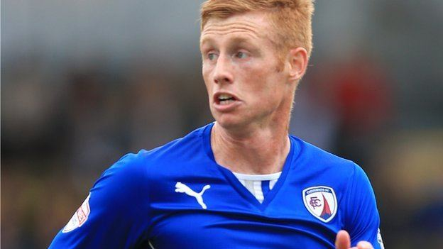 Eoin Doyle BBC Sport Chesterfield striker Eoin Doyle signs new contract