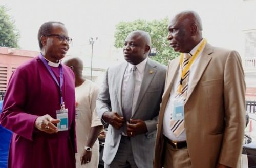 Ephraim Ademowo Ambode middleMost Reverend Ephraim Ademowo and Chancellor The