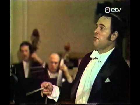 Eri Klas Eri Klas singing and conducting YouTube